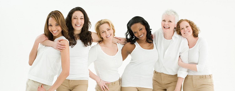 Foto Gruppe von Frauen präsentierte ihre Wunschfigur, geht leicht im Ladyfit-Fitnessstudio Edling